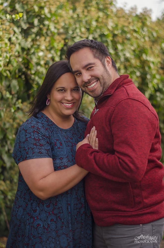 Holiday couple's portrait in Monterey - www.fotofroggy.com