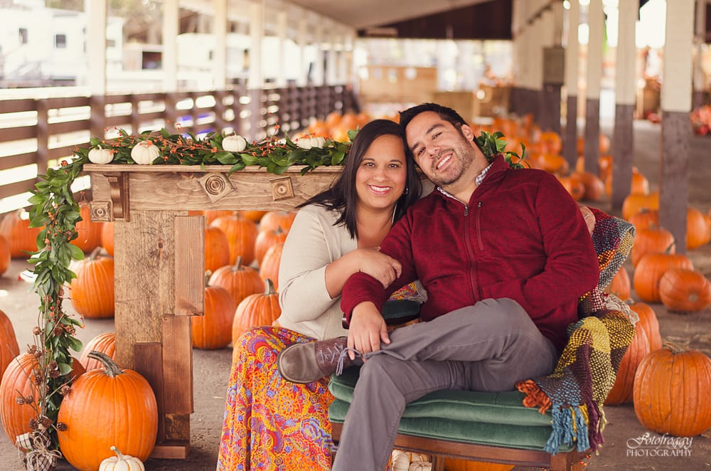 Fall couple's portraits at Cardinale & Wright pumpkin patch - www.fotofroggy.com