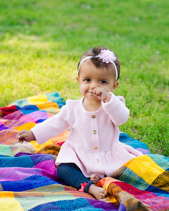 Fotofroggy Photography - cute little girl rubbing nose