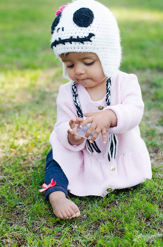 Fotofroggy Photography - baby girl in skull cap